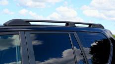 картинка Рейлинги на крышу Toyota Land Cruiser Prado 150 2009-н.в. APS чёрные магазин bgznk.ru являющийся официальным дистрибьютором в России